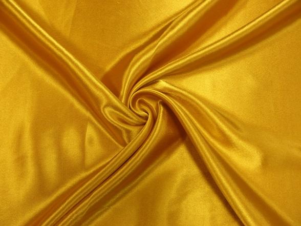 aranyszínű szatén