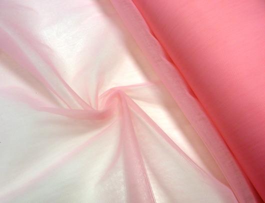 rózsaszínű fátyoltüll