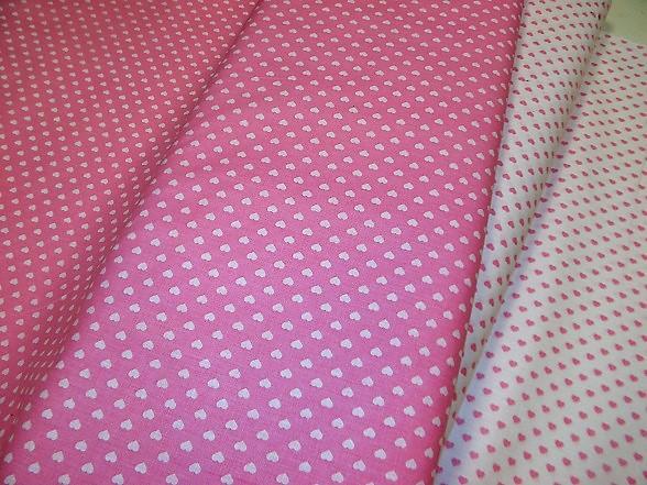 rózsaszín szivecskés vászon